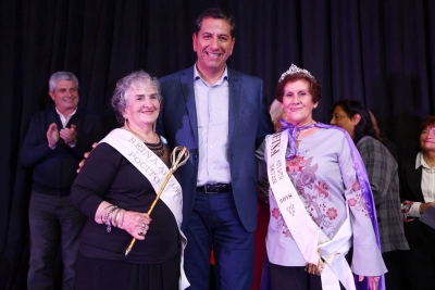 Eleccion de la Reina departamental del Adulto Mayor