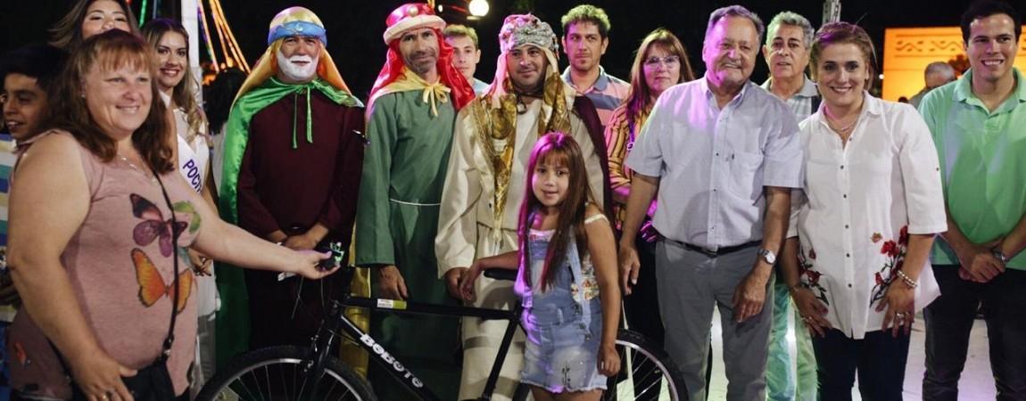 Los Reyes dejaron su magia en Pocito para la alegría de cientos de niños.