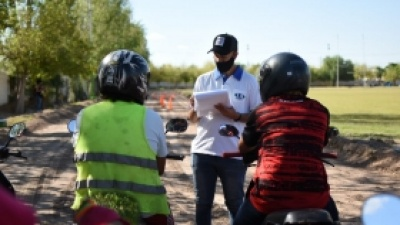 Unos 90 vecinos ya consiguieron la licencia de conducir en Pocito